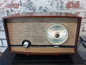 1959 Murphy FM Valve Radio U512 - fully working