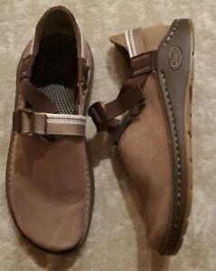 CHACO SHITAKE WHISPER PEDSHED VIBRAM GUNNISON Women's 8.5 shoe tan brown slip on