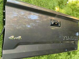 2014 2015 2016 2017 Toyota Tundra Tailgate Gray