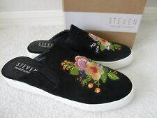 STEVEN NATURAL COMFORT BLACK FLORAL EMBROIDERED SNICKERS SIZE 9 1/2 W - NEW