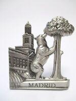 Madrid Bär Erdbeerbaum Metall Magnet Souvenir Spanien Espana silber