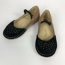 Striderite Medallion Collection Lacy Toddler Girl Shoes Black/Tan Suede Stud 10M