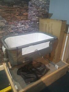 Kinderkraft Bedside Crib UNO-Travel Cot-Co-Sleeping, Adjustable Height