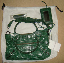 STUNNING 100% AUTHENTIC BALENCIAGA FIRST BAG NEVER USED GREEN LEATHER CHEVRE