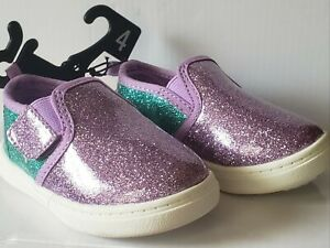 NWT BABY GIRL SIZE 4 WONDER NATION GLITTERY SHINY SHOES