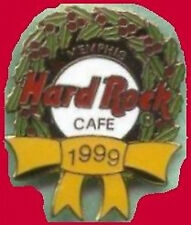 Hard Rock Cafe MEMPHIS 1999 CHRISTMAS PIN Wreath with Gold Ribbon HRC #5617