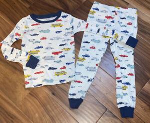 Carter's Toddler Boy 2 Pc Pj Pajamas Size 5T Automobiles Cars ADORABLE Brand New