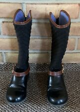 Brand New Never Worn Tommy Hilfiger Girl/'s Andrea Nameplate Mid-Calf Boots NWT
