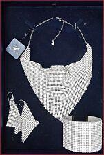 Astonishing New Swarovsky Necklase/ brazelet/ Earrings Set