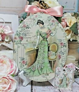 """Shabby Chic Vintage Country Cottage style Wall Decor. Sign """"Parisienne Woman"""""""