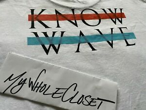 KNOW WAVE NAMES T-SHIRT WHITE SIZE LARGE GOOD CONDITION