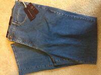 "New NYDJ Marilyn Straight Leg 16"" Denim Multiple Sizes Light  Wash 28W"