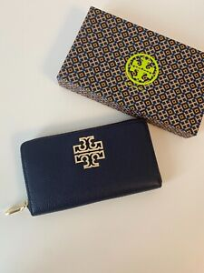 New Tory Burch Britten Zip Around Continental Pebbled Leather Wallet - Navy blue