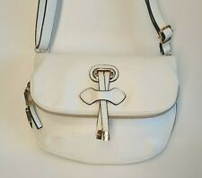 Carpisa Ladies Faux Leather White Zip Expanding Bag With Removable Strap