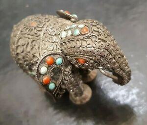 RARE ANTIQUE VINTAGE  SILVER MINIATURE ELEPHANT FIGURINE CORAL & TURQUOISE SET