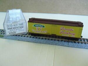 N Scale Kadee / Micro Trains  Heinz Wood Side Reefer, Vintage