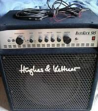 Hughes & Kettner - Basskick 505 - ampli basse + 1 jeux de cordes