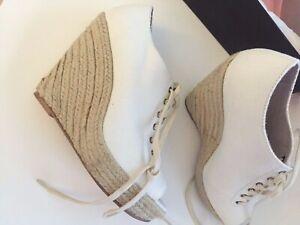 NIB Women's Steve Madden Off White Cream Canvas Wedge Heels Shoes Size 8