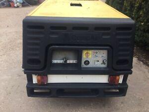 Compair towable road compressor