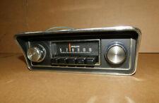 1970 1971 1972 Ford Maverick Philco Am Tablero Radio Con /Bisel Laboral Con /