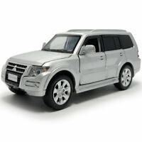 1:32 Mitsubishi Pajero SUV Die Cast Modellauto Spielzeug Model Sammlung Silber