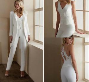 V Neck Wedding Dress Jacket Appliqued Long Sleeve Flower Wedding Jacket Custom
