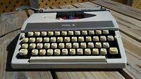 Vintage Royal Mercury Portable Manual Typewriter with 2 Books