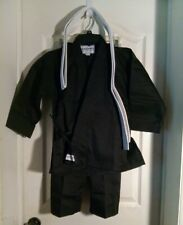 Macho Martial Arts Kids Karate Uniform (White Belt Included) New Sz 0 75-90 lbs