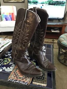"""Custom Made Mens Western Cowboy Boots Unbranded Brown Leather Size 8 17"""" Tall"""