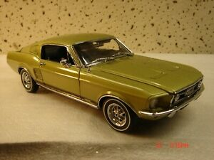 Danbury Mint 1967 Ford Mustang GT Fastback w/Boxes NR