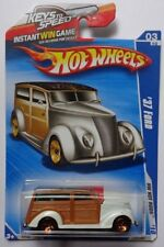 2010 Hot Wheels '37 Ford Col. #141 (White Version)(KTS Card)