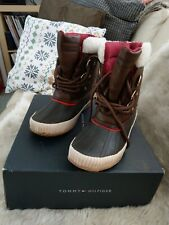 Tommy Hilfiger Ebonie Lace-Up Brown Rain Rubber Duck Boots Womens Shoes Size 6