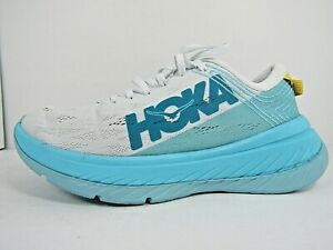 WOMEN'S HOKA ONE CARBON X  size 8 ! WORN LESS THAN 5 MILES!RUNNING SHOES!