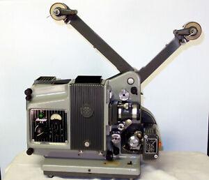 16mm Kino Filmprojektor Bauer P5 Projektor movie projector Cinema Projecteur