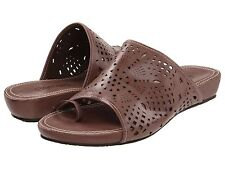ec4b2e3d4bfc92 Bernardo Sandals and Flip Flops for Women for sale