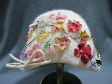 Vintage flowers & leaves applied off white felt Norman Durand Original Italy hat
