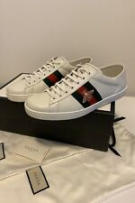 Authentic Men's Ace Embroidered Gucci sneakers