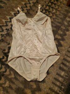 Women's Torsette Body Briefer  SZ 38B NWOT DAMAGED UNBRANDED