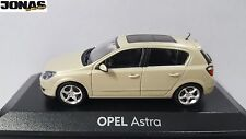 Modellauto Opel Astra H 1:43 Papyrus