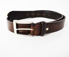 Cintura da uomo in pelle marrone media grandezza