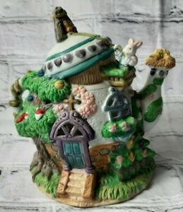Vintage Easter Bunny Rabbit Detailed Ceramic Bird Green Cottage Home Teapot Deco