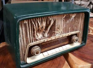 altes Grundig 97 A Röhrenradio Radio für Bastler - Kellerfund