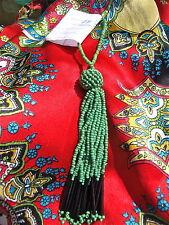 pompon en perles vert et noir/ N°5