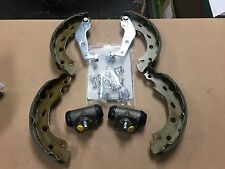 MCC SMART CITY forum ROADSTER Freno Scarpa Kit di montaggio cilindri dei freni