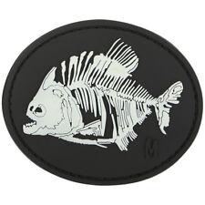 Maxpedition Piranha Bones 3D Rubber Moraal Patch Badge Oplicht In Het Don