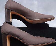 SALVATORE FERRAGAMO Womens Brown Block Heel Pumps Size 9 Made In Italy