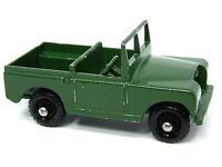 Matchbox Lesney No.12b Land Rover Series II (NO SILVER TRIM FACTORY ERROR)