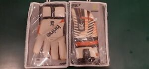 Brine King Frederic 6XG Goalie gloves