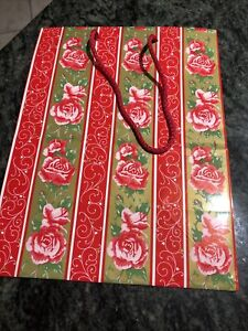 Pink/Red/Gold Roses 🌹 Valentine's Gift Bag  By American Greetings Vintage NEW.