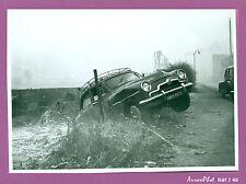 PHOTO DE POLICE POUR CONSTAT CRASH ACCIDENT, VOITURE SIMCA, VINTAGE ,1955 -J46